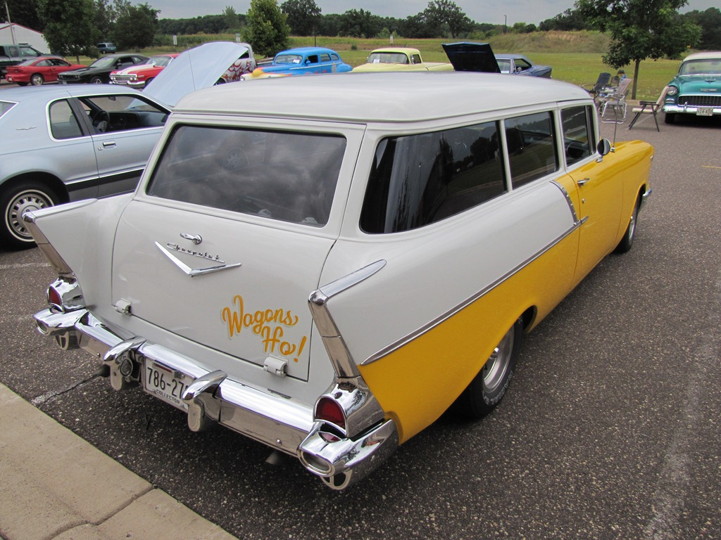 Isanti weekly car show 8 15 2012 for 1957 chevy two door wagon