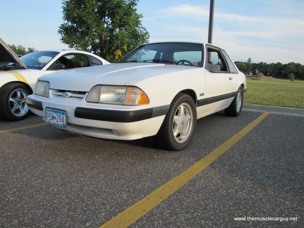 1991 Ford Mustang LX 2